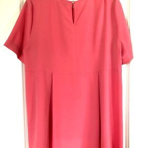 Vince Camuto shirt - Pink, light & flowy